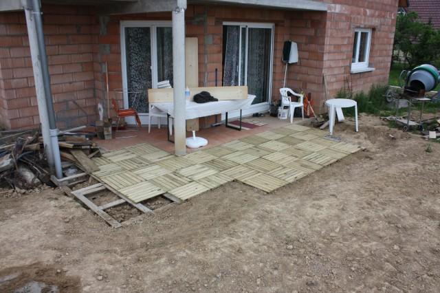 Scoubidou cr pis fini terrasse presque finie bas - Terrasse en palette de recuperation ...